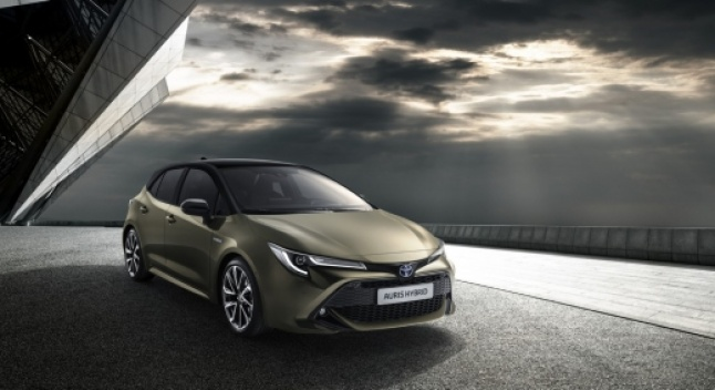 Toyota ბრენდ Corolla-ს გლობალურად ამკვიდრებს - ევროპაში ის Auris-ს ჩაანაცვლებს