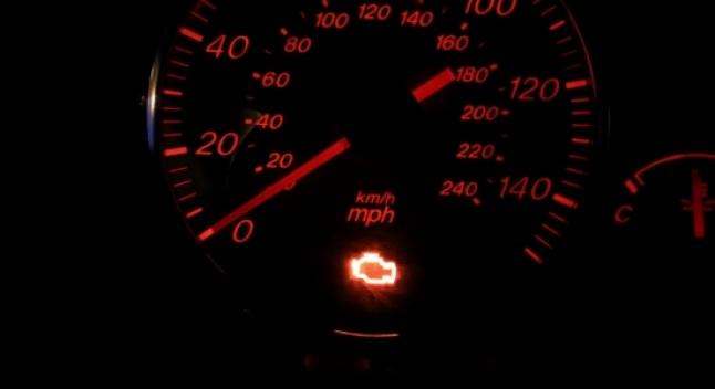 რომელი ბრენდების ავტომობილებს უნთებს ყველაზე იშვიათად ძრავის შემოწმების მანიშნებელი - ახალი კვლევა