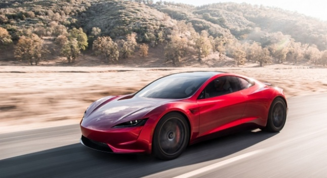 """ილონ მასკის განცხადებით, ახალ Tesla Roadster-ს რაკეტის ძრავები ექნება და ჰაერში """"ილივლივებს"""""""
