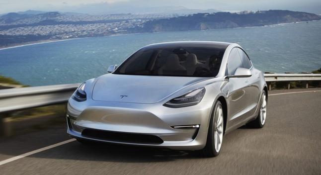 Tesla-მ წლის საუკეთესო ავტომობილისთვის ბრძოლაში მონაწილეობაზე უარი თქვა