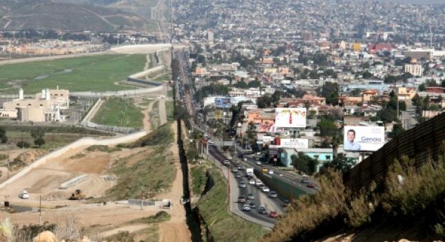 ტრამპის მიერ აშშ-მექსიკის საზღვრის ჩაკეტვის შემთხვევაში, აშშ-ის ავტოინდუსტრია დაიხურება