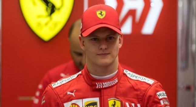 შუმახერის ვაჟმა F1-ის ტესტირებაზე ბაჰრეინში Ferrari-თ იასპარეზა