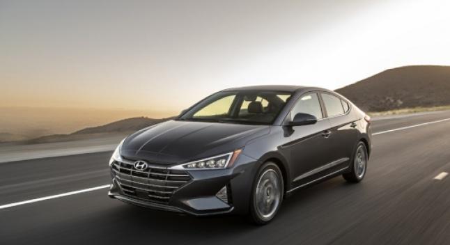 2020 წლის Hyundai Elantra-ში მექანიკური კოლოფი ამოღებულია, მოდელს ახალი უსაფეხურო გადაცემათა კოლოფი ექნება