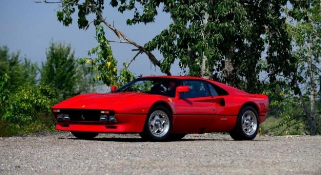 გერმანიის პოლიცია ტესტ-დრაივის დროს მოპარულ Ferrari 288 GTO-ს ეძებს