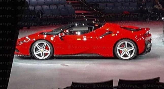 ინტერნეტში Ferrari-ს ახალი ჰიბრიდული სუპერმანქანის ფოტო გავრცელდა